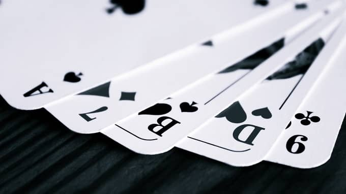 How to ban yourself from the online gambling site?